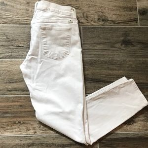 Lucky Brand white Brooke Capris size 6/28